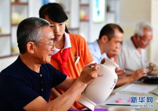 (社会)(2)福建晋江:非遗文化进校园